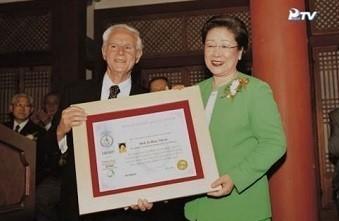 20000623 UNグランプリ平和賞 (2).jpg